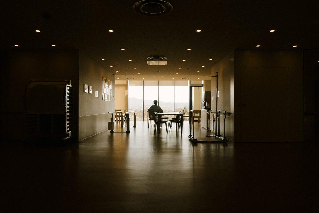 Chorareii_Hospital diary_Chapter 1_SakuGeneralHospital_TimotheeLambrecq_hospitalcorridor