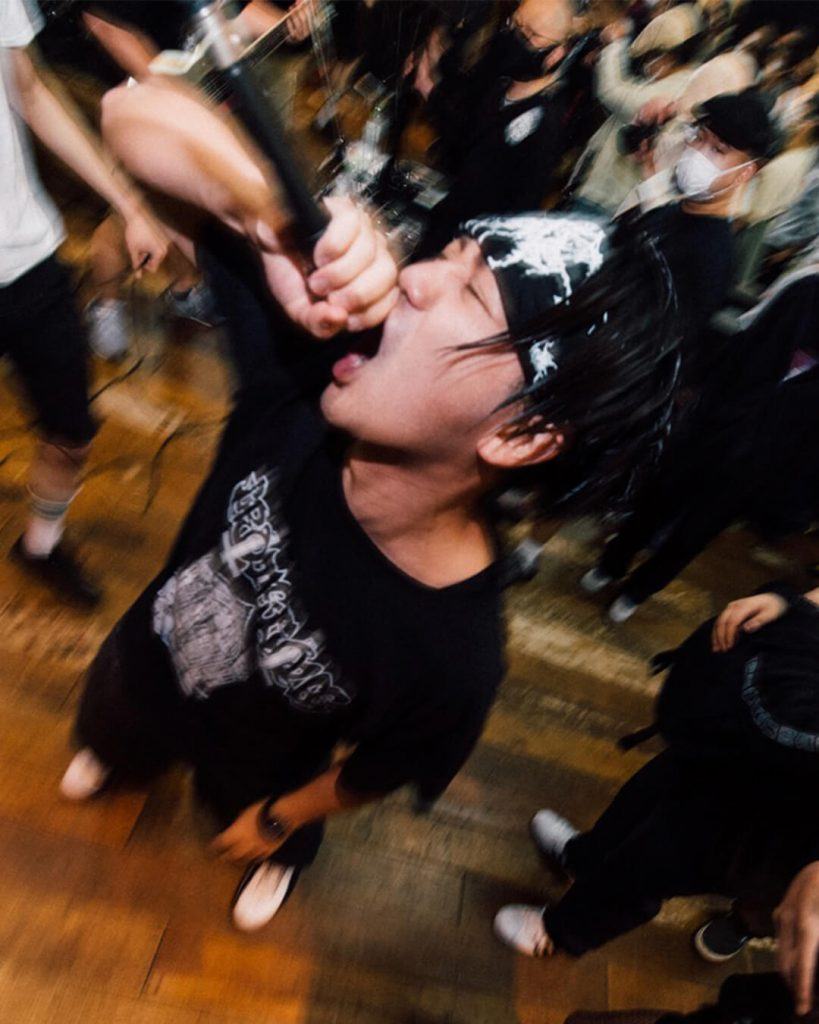 chorareii_soiledhate_powerviolence_ryosuke_vocals_crowd