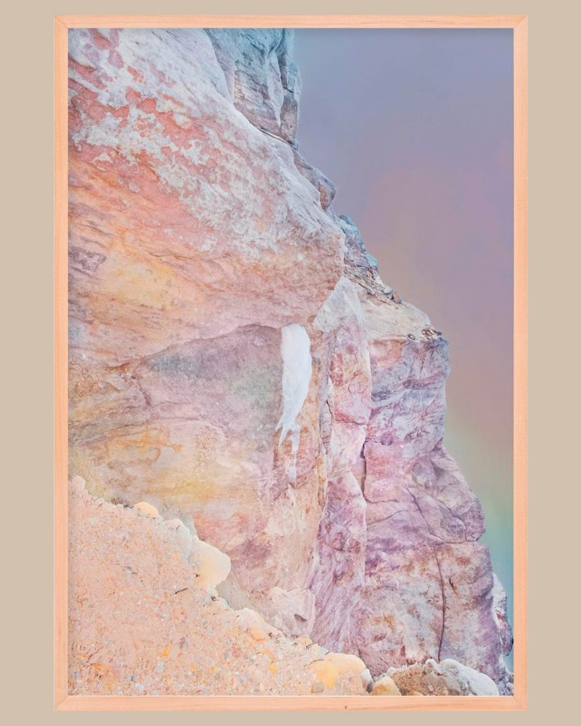 chorareii_ayakaendo_photography_kamuymosir_exhibition_kitte_land