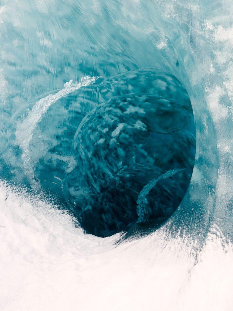 chorareii_timolambrecq_heikoheild_iceland_icetunnel