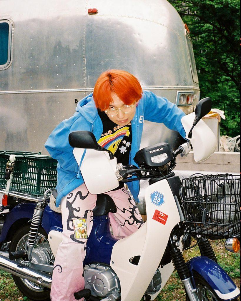 La imagen tiene un atributo ALT vacío; su nombre de archivo es chorareii_megashinnosuke_culturedog_motorbike-1-819x1024.jpeg